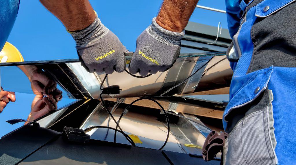 solar panel Repair in action